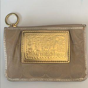 🔥🔥🔥FLASH SALE Coach coin purse - poppy design